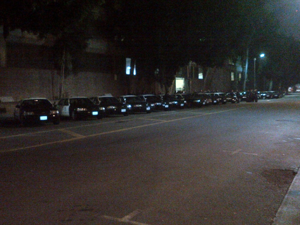 over 25 squad cars and 50 lapd officers deployed in skid